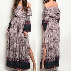 Flirty Boho style Maxi! Bell Sleeve & Side slits